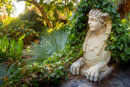 sphinx in la mortella garden ischia Imagens