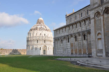 Tourist attractions of Italy Pisa photo