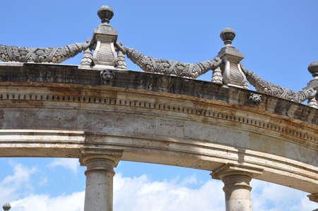 neocl�sico: Edificios de arquitectura neocl�sica de estilo arcos y columnas