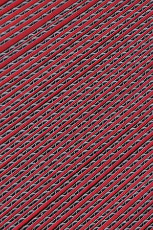 Red carton ondulé isolé sur fond blanc Banque d'images