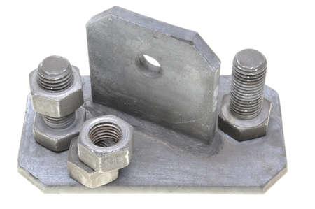 tuercas y tornillos: Los tornillos y otras piezas de metal