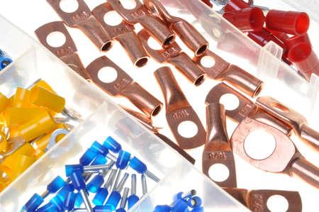 composant ?lectrique: Kit de composants �lectriques dans un bo�tier