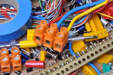 electrical contractor: Electrical component kit for use in electrical installations
