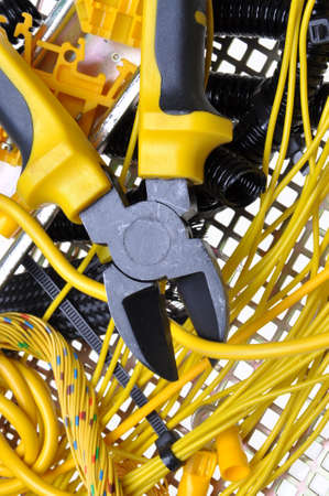 composant ?lectrique: Kit de composants �lectriques et pour une utilisation dans les installations �lectriques