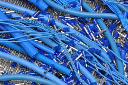 composant ?lectrique: C�bles et kit de composants �lectriques pour l'installation �lectrique