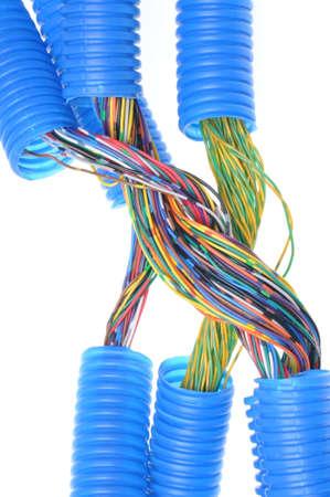 kunststoff rohr: Wellkunststoffrohr mit Elektrokabel