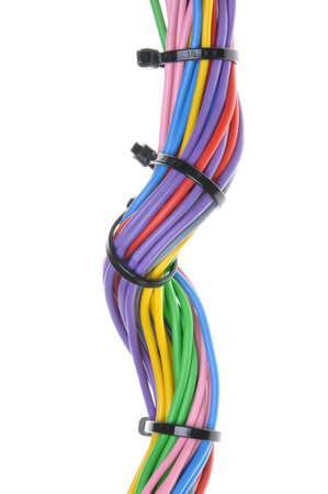 cables electricos: Cables el�ctricos multicolores aislados sobre fondo blanco
