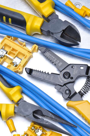 strippers: Pliers strippers and cables with electrical component kit