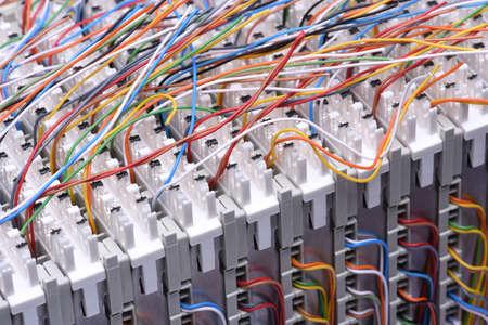 通信: クローズ アップ、ケーブルと通信メインの配布フレーム