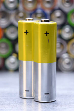 古いアルカリ電池