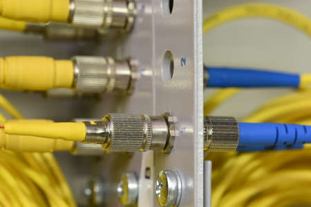 Optical fiber patch cord in data distribution, data high speed transfer