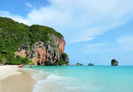 aonang: Pranang cave beach. Beautiful tropical landscape in Krabi, Thailand.