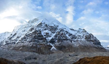 Beautiful panoramic view of the Himalayan ridge on the way to Kangchenjunga base camp, Nepal