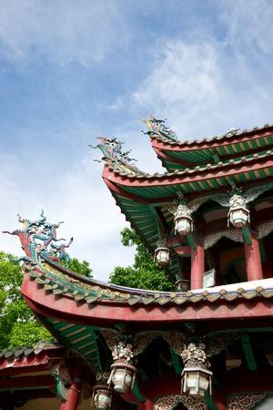 中国の寺院の軒をクローズ アップ 写真素材