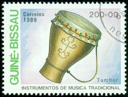 djembe drum: GUINEE BISSAU CIRCA 1973  stamp printed by GUINEE BISSAU, shows drum, circa 1973