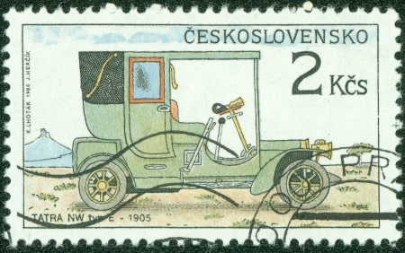 CZECHOSLOVAKIA - CIRCA 1988  a stamp printed by Czechoslovakia shows old-time classical car NW tip E, circa 1988