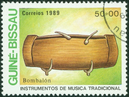guinee: GUINEE BISSAU CIRCA 1973  stamp printed by GUINEE BISSAU, shows Traditional Musical Instruments bambalon , circa 1973 Stock Photo