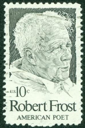 アメリカ合衆国 - アメリカ合衆国によって印刷される 1974 A スタンプ年頃に示しますロバート ・ フロスト、1974 年頃
