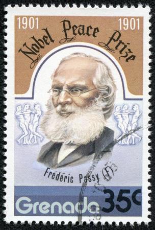 frederic: GRANADA - CIRCA 1976 Un sello impreso en Granada, muestra Frederic Passy, ??ganadores del Premio Nobel de la Paz, alrededor de 1976 Editorial