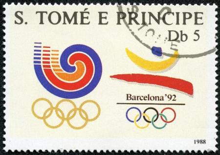 principe: SANTO TOM� Y PR�NCIPE - CIRCA 1988 un sello de Santo Tom� y Pr�ncipe celebra los Juegos Ol�mpicos de Barcelona 1992, alrededor de 1988