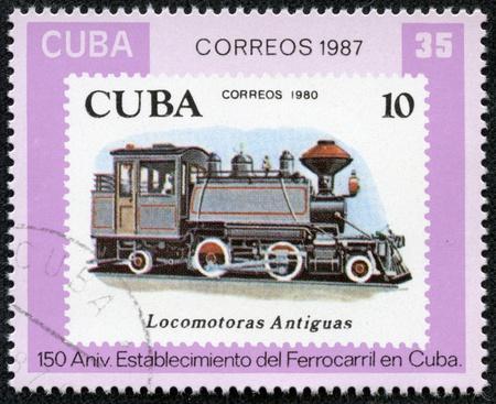 locomotora: CUBA - CIRCA 1987 Un sello impreso en la Cuba muestra antigua locomotora, ferrocarril cubano, 150 aniversario, la serie, alrededor del a�o 1987