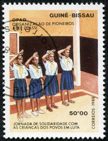 guinea bissau: GUINEA-BISSAU - CIRCA 1988  A stamp printed in GUINEA-BISSAU shows students, circa 1988