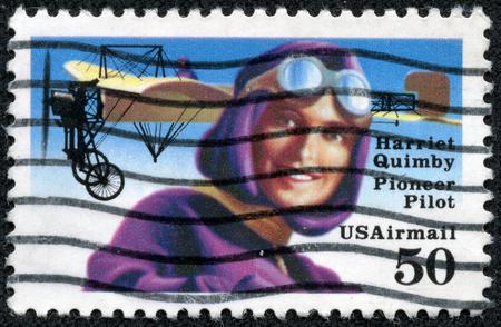 screenwriter: USA - CIRCA 1991 Un timbro stampato in USA Mostra immagine della Harriet Quimby 11 maggio 1875 - 1 luglio 1912 � stato uno dei primi aviatore americano e uno sceneggiatore di film, circa 1991