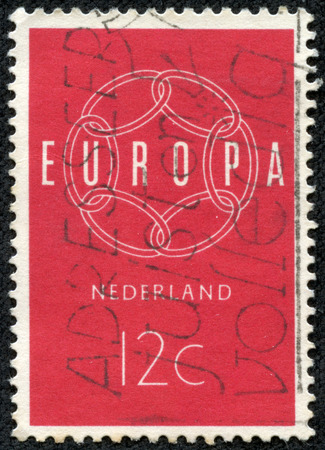 nederlan: NETHERLANDS - CIRCA 1959  A stamp printed in Netherlands, shows a chain composition, with the inscription  Europe , from the series  Europe , circa 1959