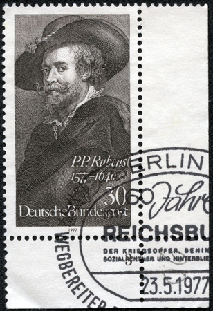 bundespost: GERMANY - CIRCA 1977: A stamp printed in German Federal Republic shows Peter Paul Rubens, Flemish painter, Self-portraiti (1577-1640), circa 1977