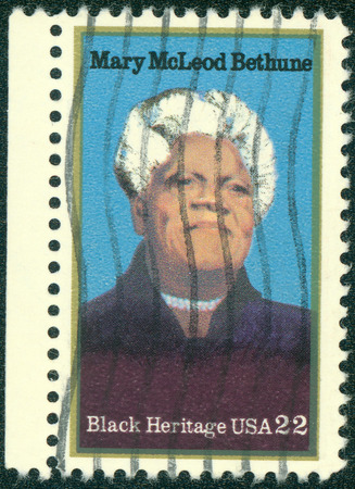 civil rights: USA - CIRCA 2000 : stamp printed in USA shows Mary McLeod Bethune African-American educator and civil rights leader, circa 2000