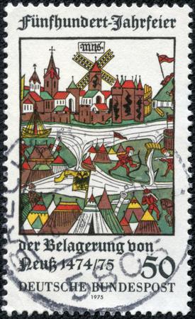 ドイツ - 1975 年ごろ: ノイス, 木版画, 500 周年ショー田合ドイツで印刷されたスタンプです。1975 年ごろの失敗公シャルル、ブルゴーニュの大胆でノイ 写真素材