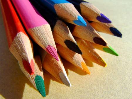 Plan rapproché de quelques crayons colorés Banque d'images - 539984