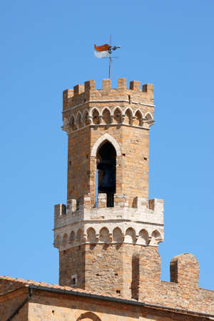 priori: Volterra, tower of the Palazzo dei Priori, the oldest Town Hall in Tuscany, Italy. This medieval building lies on the Piazza dei Priori.
