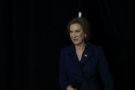 Des Moines, Iowa, USA-October 31, 2015.  Carly Fiorina  approaches the stage at a Republican rally
