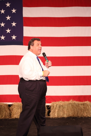 Des Moines, Iowa, USA-October 31, 2015.  Chris Christie speaks at a Republican rally