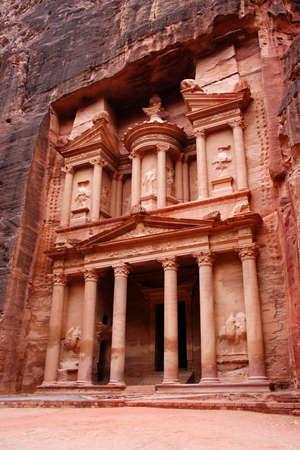 petra  jordan: The Treasury, Petra, Jordan
