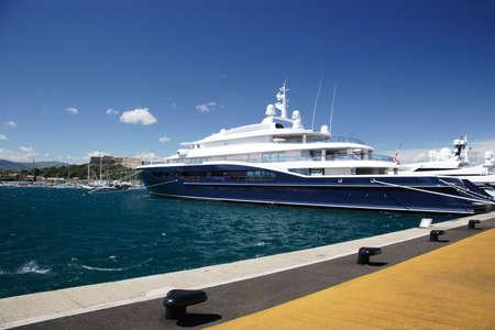 super yacht: Super yacht in Antible, Francia  Archivio Fotografico