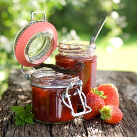 strawberry jam: Strawberry jam with vanilla bean