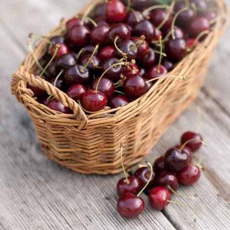 sour cherry: Sour cherries
