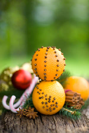 tree nuts: Oranges with colves