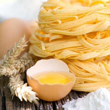 Frehs noodles with egg Zdjęcie Seryjne - 14929942