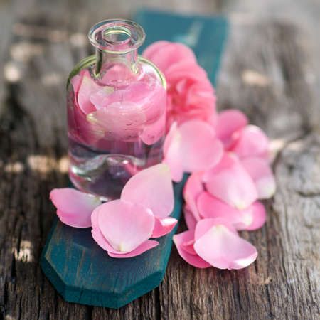 swimming candles: Rose oil