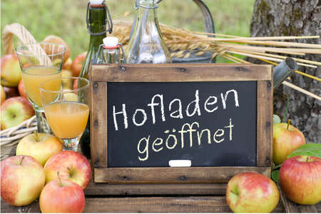 Slate  Hofladen ge�ffnet  german  photo