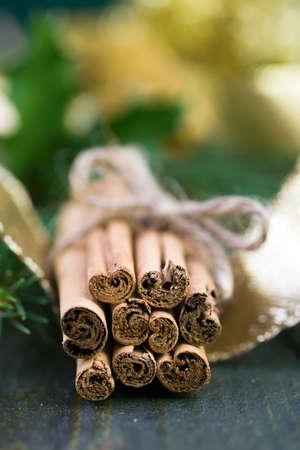 christmas perfume: Cinnamon sticks