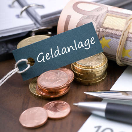 hedging: Label with german text  Financial investment Stock Photo