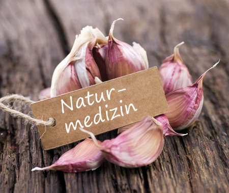 herbal knowledge: Label with german text  Natural medicine