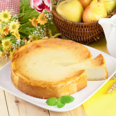 Fresh cheesecake Standard-Bild