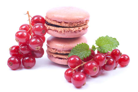 redcurrant: Macaroons with redcurrant