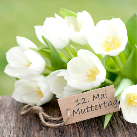 Label with german text  Mother s day photo