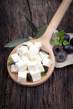 feta cheese: Fresh feta dices